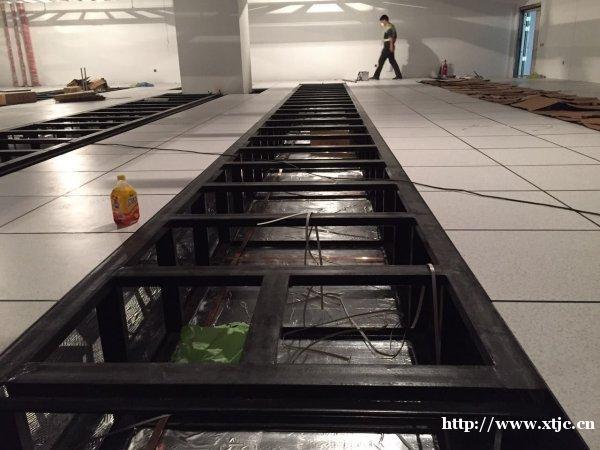 厂家直销机房地板、防静电地板、网络地板等高架活动地板