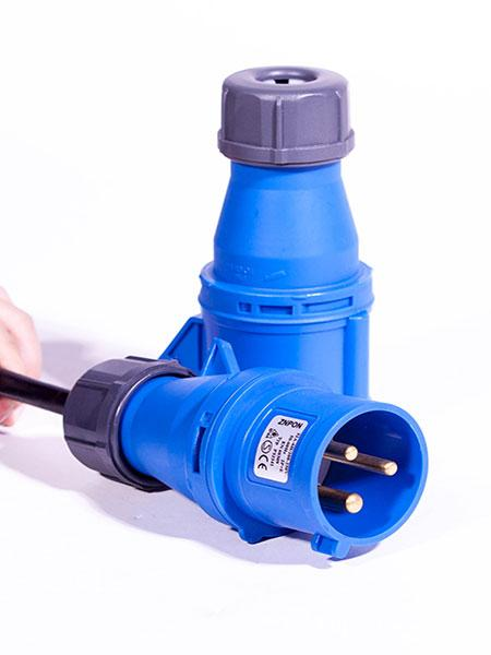 32A工业连接器输入6位10A万用孔PDU电源管理器 带空气